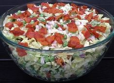 24 timers salat Salsa, Buffet, Side Dishes, Bacon, Food And Drink, Ethnic Recipes, Lag, Film, Fancy