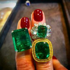 @carolinefmorrissey Our New York preview has turned into the Emerald City with these beauties! Bonhams @bonhams1793