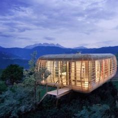 Super amazing!!! <3 The Fincube is a modular, sustainable and transportable low energy house.
