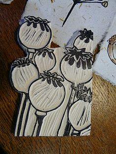 hand carved stamps ... genau das richtige Motiv für mich als Wildblumenliebhaberin :-) #Mohn Samenkapseln