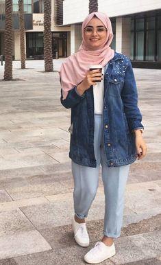 @Sakina_gulamhusein on Pinterest Modern Hijab Fashion, Street Hijab Fashion, Hijab Fashion Inspiration, Muslim Fashion, Casual Hijab Outfit, Hijab Chic, Casual Outfits, Fashion Outfits, Modele Hijab