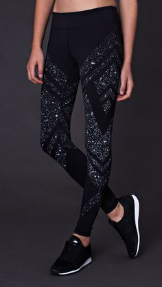 Moon Gem Collection Light the way with this inspiring print in the classic style you love Be strong be stellar Rhythmic Moda Outfits, Sport Outfits, Cute Outfits, Moda Fitness, Workout Attire, Workout Wear, Workout Outfits, Workout Tanks, Latest Fashion For Women