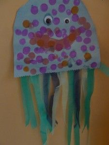 Jj is for Jellyfish (jellyfish craft)