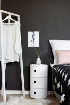 10+ bästa bilderna på Nattbord | sängbord, möbler, sovrum