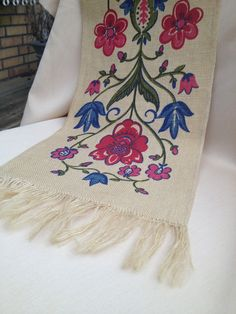 Wonderful vintage retro table runner. Scandinavian pattern, made in sweden. Folk art. christmasgift. kr130.00, via Etsy.