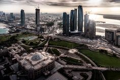 Emirates Palace by Beno Saradzic on 500px