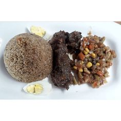 Things to do in Dakar, Senagal on holiday. What to eat in Dakar, Where to visit in Dakar, What to see in Dakar. Travel to Senegal. Goat Meat, Goats, Rice, Beef, Holiday, Travel, Food, Meat, Vacations