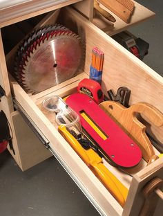 All of your tablesaw accessories close at hand by Eric Smith The last time I could find them all, I counted 18 accessories for my tablesaw. Dado set, push sticks, throat plates, extra blades, miter gauges, tenoning jig, wrenches, etc.—they're all essential and they were all over the place. The problem is finding a convenient, central place to put them that's out of the way yet accessible. I came up …