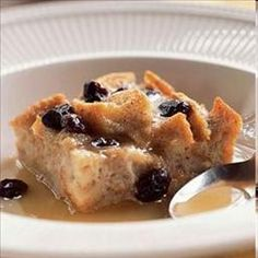 """Slow Cooker Bread Pudding on BigOven: Try this Slow Cooker Bread Pudding recipe, or contribute your own.  """"Pudding"""" and """"Desserts"""" are two of the tags cooks chose for Slow Cooker Bread Pudding."""