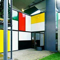 Centro Le Corbusier, em Höschgasse, na Suíça. Projeto do arquiteto Le Corbusier. #architecture #arts #arquitetura #arte #decor #design #decoração #projetocompartilhar #shareproject