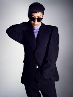 BIGBANGのリーダー・G-DRAGONと、先日20歳の誕生日を迎え、初の写真集『Trabzon』を3月1日に発売した女...