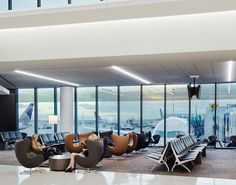 San Francisco International Airport  with Egg™ chair, designed by Arne Jacobsen.