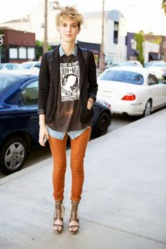 What She's Wearing: Urban Outfitters Blazer and Tsubo Shoes