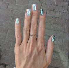 ✔ perfect winter nail designs to make you feel warm 59 Nagellackfarben ✔ perfect winter nail designs to make you feel warm 60 > Fieltro. Love Nails, How To Do Nails, My Nails, Winter Nail Designs, Colorful Nail Designs, Pretty Nail Colors, Pretty Nails, Manicure Gel, Manicure Ideas