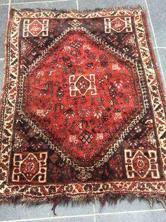 Maison de ventes aux enchères en ligne Catawiki: Perzisch Shiraz  tapijt - geknoopt in de 2de helft van  20e eeuw - Afmeting 122 x 165 cm