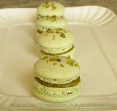Acquolina: Macarons ai pistacchi e alla vaniglia