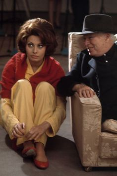 A Countess from Hong Kong. Sophia Loren with Charles Chaplin, who directed. He enjoyed her enormously. 1966. Photo : Eve Arnold