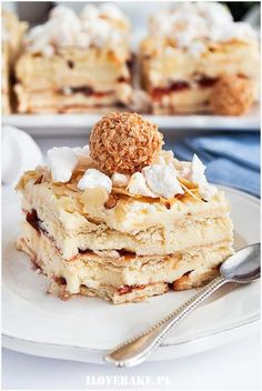 Dessert Cake Recipes, Sweets Cake, Sweet Desserts, Delicious Desserts, Potica Bread Recipe, Good Food, Yummy Food, No Bake Cake, Food Inspiration