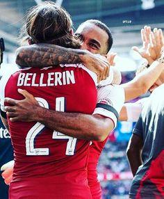 Héctor Bellerín and Alexandre Laccazette Arsenal Football, Arsenal Fc, Arsenal Wallpapers, Hector Bellerin, Club, Sport, Soccer, Sports, Deporte