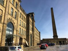 Salt's Mill at #Saltaire was completed in 1853 and was the former Mill and centre of industry for megalomaniac entrepreneur Sir Titus Salt. Today it is a hub for creative #business as well as the home to the 1853 Gallery which houses works by #DavidHockney. #architecture #culture #heritage #chimney #building #travel #tourism #tourist #leisure #life #sunshine #sandstone #Yorkshire #history #Bradford #VisitBradford #England