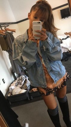 Image in Ariana Grande collection by dejah 🥀 on We Heart It Ariana Grande Fotos, Ariana Grande Images, Ariana Grande Outfits, Ariana Grande Style, Ariana Grande Bangs, Snapchat, Ariana Grande Wallpaper, Kawaii, Dangerous Woman