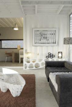 Manifesto House / James & Mau, for Infiniski