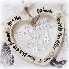 The alternative to the usual wedding horse shoes #weddinghearts #vintagewedding #weddingkeepsake #personalised #handwritten #paperroses personalised to your requests  Www.facebook.com/CraftedWithKim