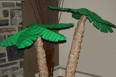 free standing palm tree
