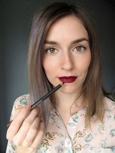 How to Get the Vampy Red Lipstick Look From Zac Posen's Fall 2013 Show (in 6 Easy Steps!)