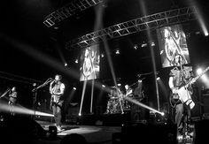 """Molotov : Power Mexicano Una de las primeras bandas invitadas en salir al escenario fue la mendocina """"Tu Kalavera"""" que luego de una exitosa gira por ciudades de México , cerr... http://sientemendoza.com/2015/11/29/molotov-power-mexicano/"""