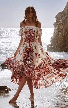 55 Amazing Boho Chic Style Outfit Ideas To Inspire You Boho chic is a style of w. - 55 Amazing Boho Chic Style Outfit Ideas To Inspire You Boho chic is a style of women fashion drawin - Boho Outfits, Fashion Outfits, Bohemian Outfit, Bohemian Fashion, Style Fashion, Bohemian Style Clothing, Bohemian Dress Long, Boho Chic Style, Boho Chic Outfits Summer
