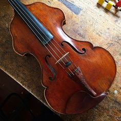 "An ""Oak Leaf"" viola by Eric Benning from 2008. Back from NY for a little TLC. #violin #viola"