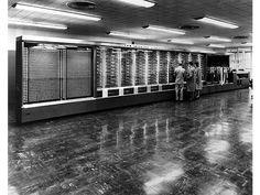 #CuriosidadTecnologica Primer computador del mundo que ejecutó satisfactoriamente programa digital fue Mark en 1948