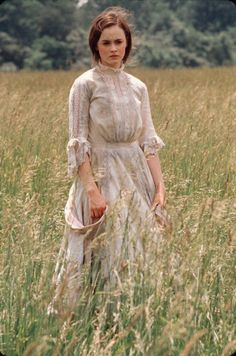 Alexis Bledel (Winifred 'Winnie' Foster) - Tuck Everlasting directed by Jay Russell Tuck Everlasting, Alexis Bledel, Cabelo Rory Gilmore, Le Far West, Movie Costumes, Mode Vintage, Gilmore Girls, Belle Photo, Character Inspiration