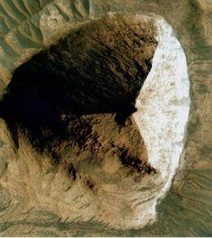 mars pyramid from satalite
