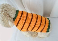 Super cute knitting pattern for fall. Or change up the colors for any time of year. :) Take 20% off through the end of August with the coupon code PUPPYLOVE