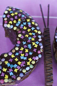 - To Cafe tis mamas Doughnut, Party Ideas, Drinks, Desserts, Food, Tailgate Desserts, Beverages, Deserts, Essen