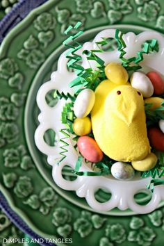 LEMON THEMED SPRING OR EASTER TABLESCAPE | Dimples and Tangles | Bloglovin'
