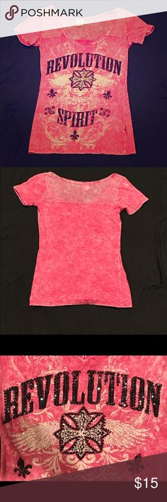 Buckle Daytrip Revolution T-Shirt Daytrip Revolution Spirit pink shirt with sparkles black lettering.  Worn only a few times.  Size small.  Accepting offers. Daytrip Tops Tees - Short Sleeve