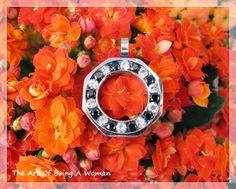 http://theartofbeingawoman7982.blogspot.it/2015/04/blu-steel-jewelry-bellissimi-gioielli.html
