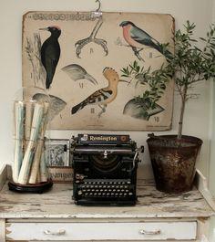 Old school chart, typemachine... Industrial chic!