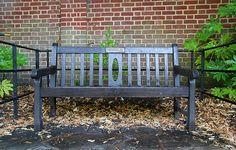Banc commémoratif. Angleterre. Kent. Août 2012.