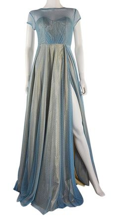 Free shipping and guaranteed authenticity on Lisa Nieves Blue Spotted Long  Formal Dress Size 6 ( adf8f6fff2b05