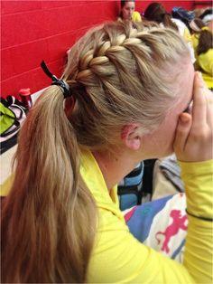 Sport hairstyles volleyball braids pony tails 22 ideasdesign model dress sho different braids pony tails flechtfrisuren die schnsten ideen frs haar styling Track Hairstyles, Athletic Hairstyles, Sporty Hairstyles, Lazy Hairstyles, Braided Hairstyles, Cheer Hairstyles, Running Hairstyles, Workout Hairstyles, Short Haircuts