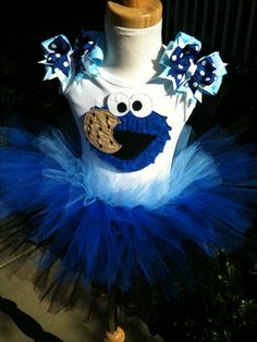 Cookie Monster Dress    Too bad I don't have enough time to make this for P's birthday :-\