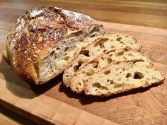 Pane pugliese con lievito madre, ein sehr schönes Rezept mit Bild aus der Kategorie Grundrezepte. Tags: Backen, Basisrezepte, Brot oder Brötchen, Europa, Italien