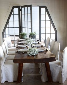 A very cozy dining room from McAlpine, Booth, Ferrier Interiors
