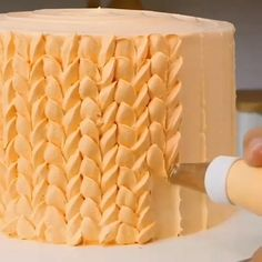 Credit: Kitchen The Best dekorieren Cake Decorating Ideas Cake Decorating Frosting, Cake Decorating Videos, Cake Decorating Techniques, Cookie Decorating, Decorating Ideas, Beautiful Cakes, Amazing Cakes, Cake Hacks, Cake Piping