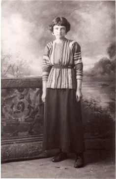Barbara Hiles (later Bagenal), 1915. Friend and fellow Slade student of Carrington and Clive Bell's companion in later life.