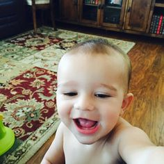 Baby selfie....this is how its done people.